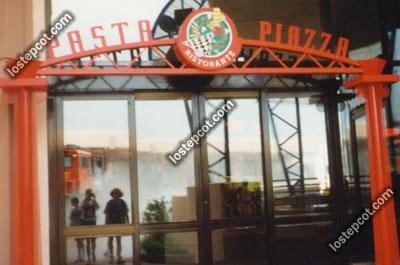 Pasta Piazza entrance
